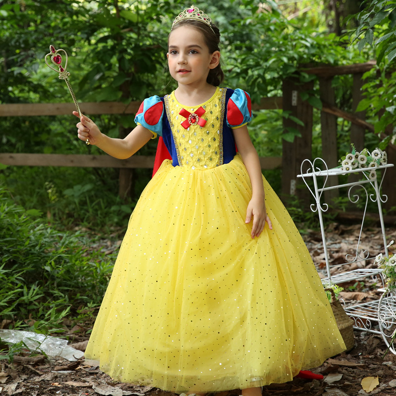 02db336a743 US $27.53 5% OFF S495 New Fashion Four Seasons 110 150cm Christmas Girls'  Dress with long Cloak Snow White Princess Dress-in Dresses from Mother & ...