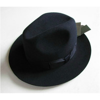 b606812abb Homem Do Chapéu Preto Melhor Preço
