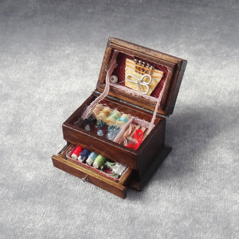 Wholesale 6pcs/lot 1:12 Vintage Sewing Needlework Needle Kit Box Dollhouse Miniature Decor Kids Gift for Girl Doll Accessories