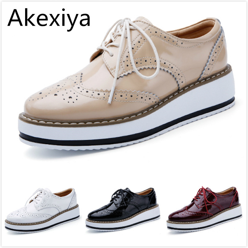 Akexiya Women Platform Oxford Brogue Patent Leather Flats Lace Up Shoes Pointed Toe Creepers Vintage luxury beige wine red Black