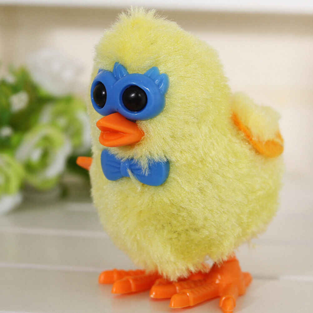 1 قطعة الدجاج الفرخ لطيف يختتم اللعب للأطفال ألعاب تعليمية سلسلة من البلاستيك سيتم تشغيل على عقارب الساعة لون عشوائي