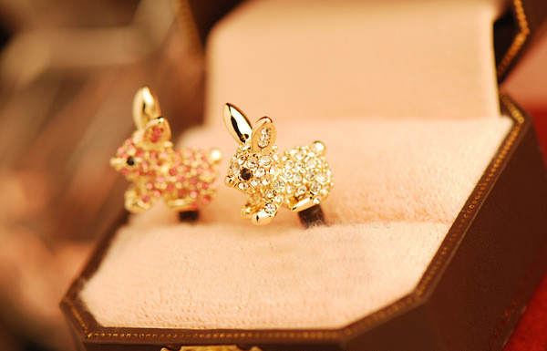 Cute Animal With Diamond Dustproof Plug Caps Cell Phone Accessories 3.5mm Earphone Dust Plug Dachshund For Iphone For Samsung