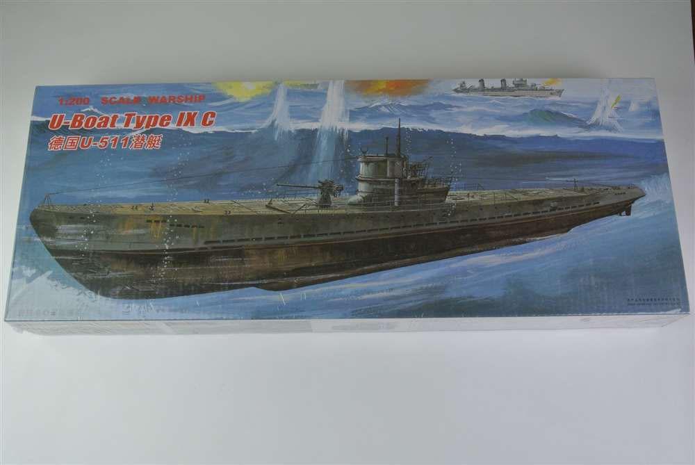 ponorka 511 - 1: 200 Scale Warship World War II U-Boat Type IX C German U-511 Submarine Plastic Assembly Model Electric Toy XC80915