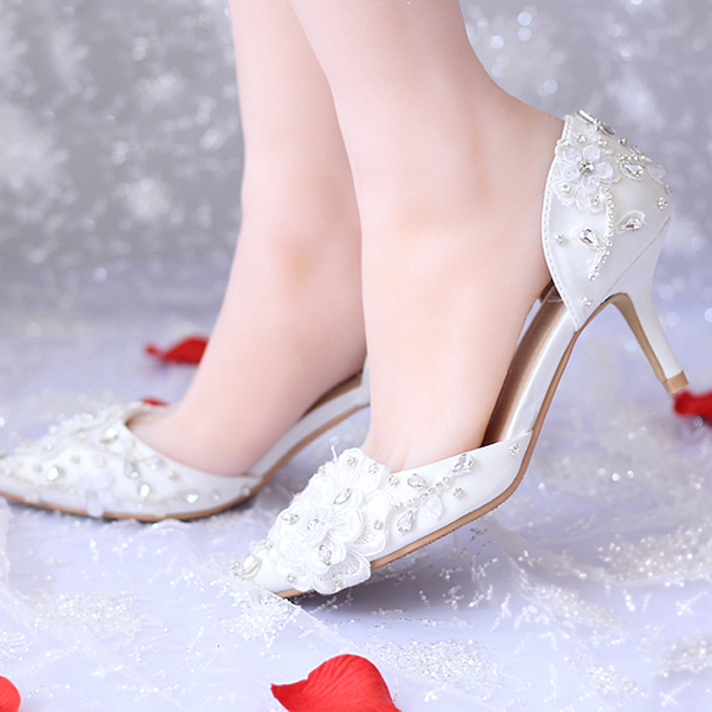 Pointed Toe Satin Shoes for Bride White Flower Middle Heel Bridal Shoes Rhinestone Lace font b
