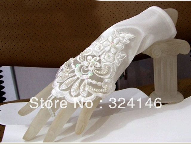 Free shipping  New Bridal gloves Wedding Gloves fingerless gloves beautiful bowknot gloves retail Wholesale wedding accessory