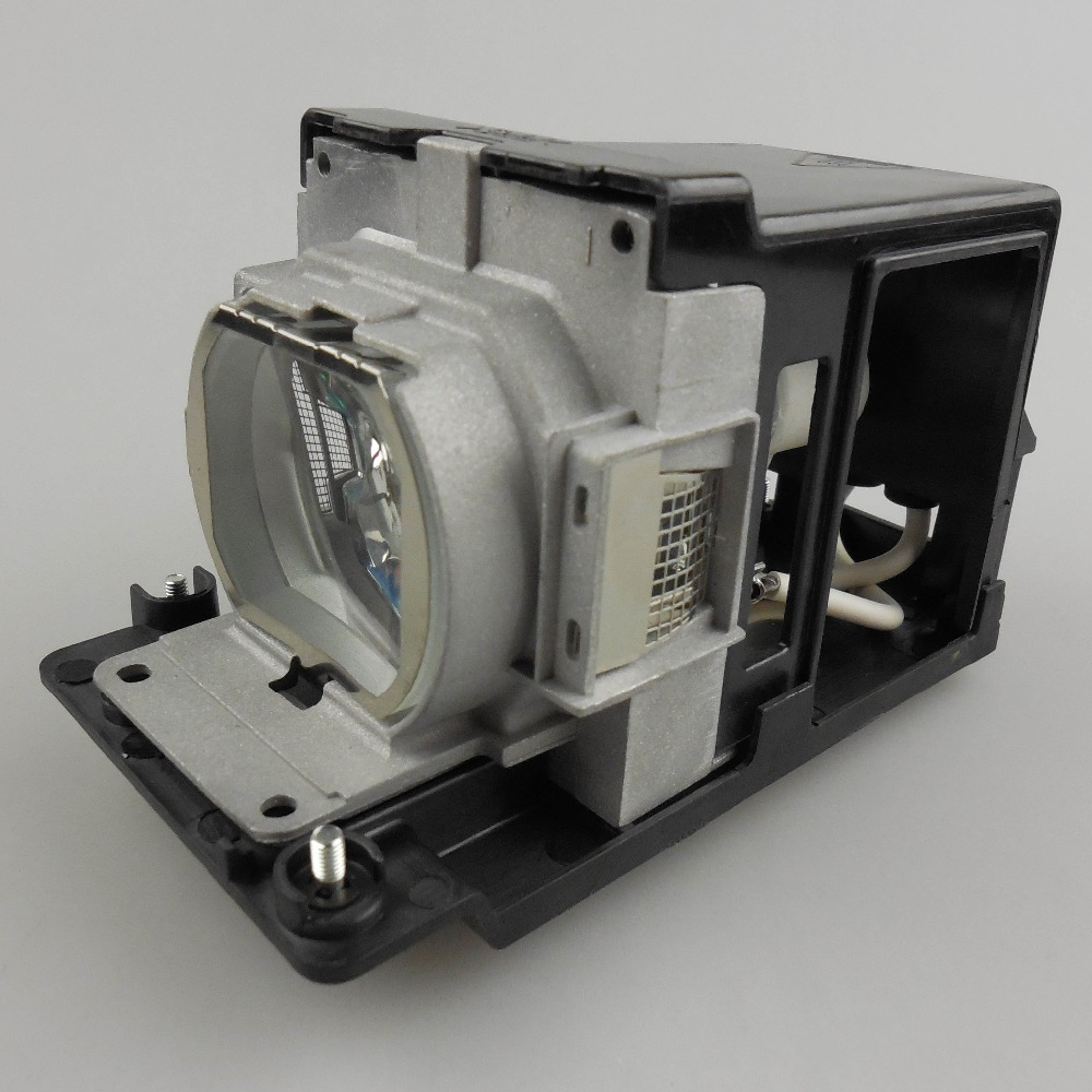 где купить Projector Lamp TLPLW11 for TOSHIBA TLP-X2000 TLP-X2000U TLP-X2500 TLP-X2500A TLP-XC2500 with Japan phoenix original lamp burner дешево