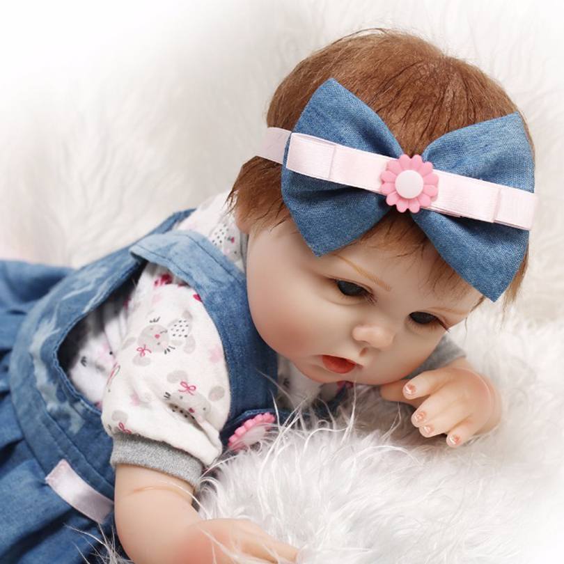 ФОТО Silicone Dolls For Children Classic Cotton Baby Body Girls With Wig Commodity Toys Play House Bedtime Early Education Dolls
