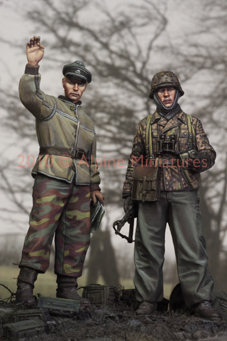 1:35    LAH In The Ardennes Set #2 (2 Figures)