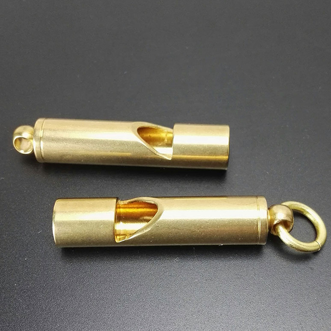 Practical Solid Brass Whistle Keychain Edc Emergency Safety Keychain For Camping Hiking Outdoor Sport Tools
