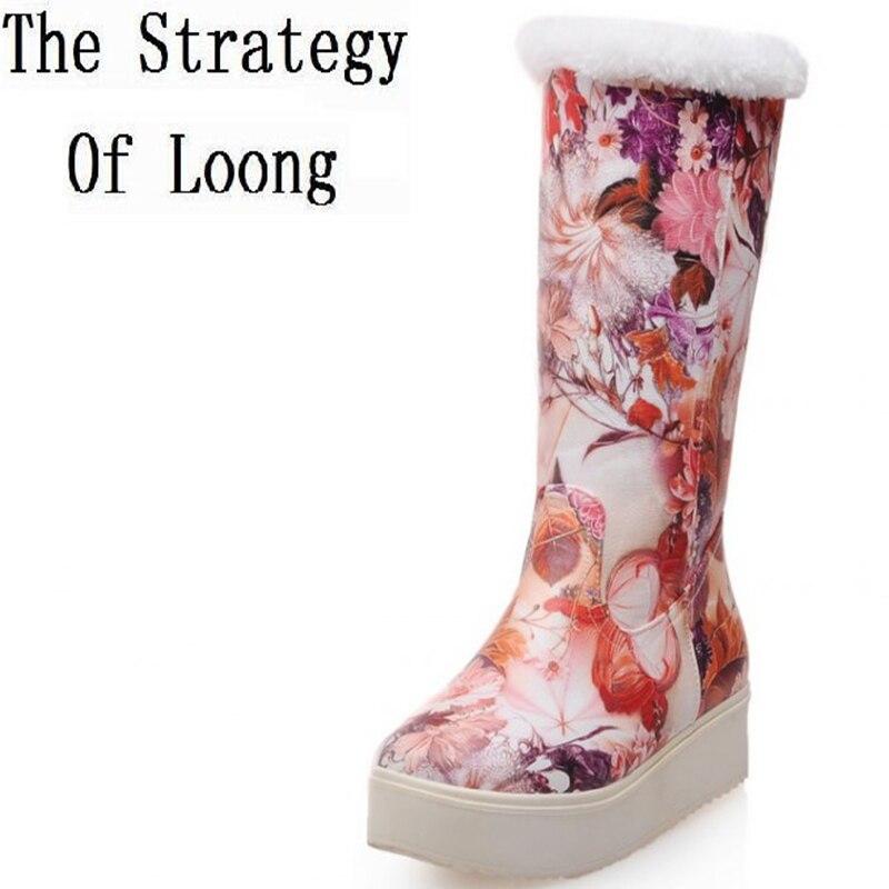 Women Winter Flats Chunky Heel Round Toe Floral Fashion Warm Mid Calf Boots Size 34-39 SXQ0909 women winter flats chunky heel genuine leather round toe embroidery fashion warm snow ankle boots size 34 39 sxq01005