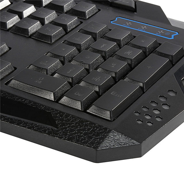 USB Wired Gaming Keyboard With Diffrent Color Backlight