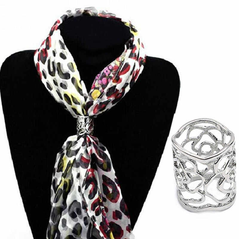 New Arrival Gold Silver Color Flowers Scarf Buckle Hollow Rose Flower Brooches For Women Crystal Holder Silk Scarf Jewelry Gift