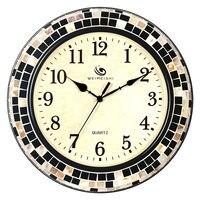 Living room modern minimalist creative wall clock mute fashion bedroom personality metal shell Nordic quartz clock 38CM