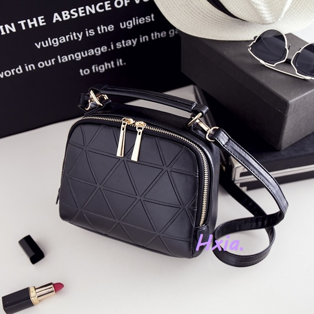 Free shipping, 2016 new women handbags, fashion portable flap, fashion smooth shoulder bag, messenger bag large capacity.