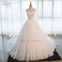 Liyuke Sweetheart Applique Zipper A Line Count Train Charming Button Lace Wedding Dress