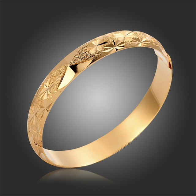 Wholesale Yellow Gold Color Texture Snow Pattern Engraved Wide