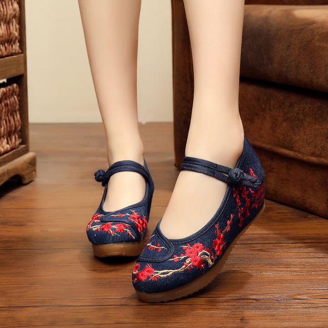 New Chinese Ink painting plum blossom embroidery exquisite wedge heels women shoes casual cowboy blue fashion pumps for lady