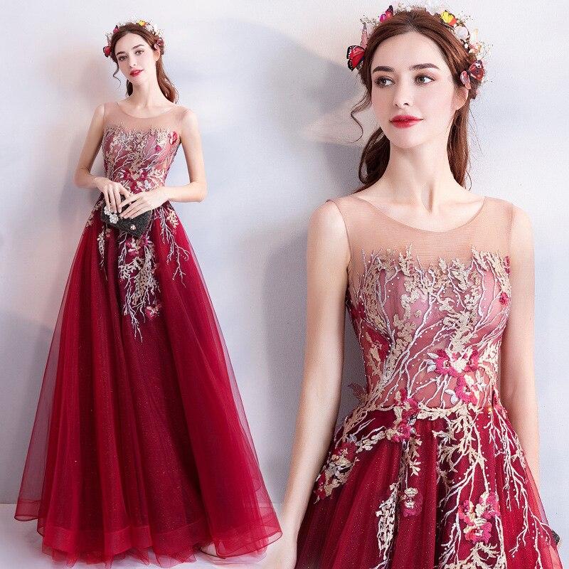 2018 Nouvelles Femmes Robe Élégante Broderie À La Main Fleurs Branches Longue Robe Luxueux Texture Perlée Décoration Rouge Robe