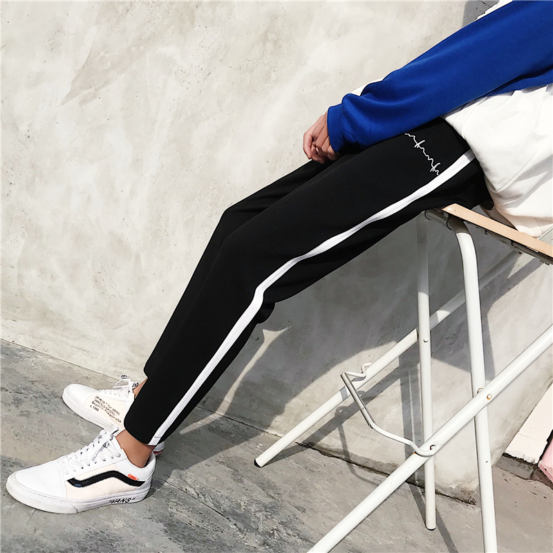2018 New Pattern Hong Style Electrocardiogram Directly Canister Stripe Leisure Time Pants Black Favourite Fashion Free shipping