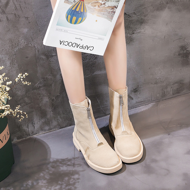 2018 winter new fashion simple solid color Martin boots women trend leather comfortable plus velvet flat casual boots.