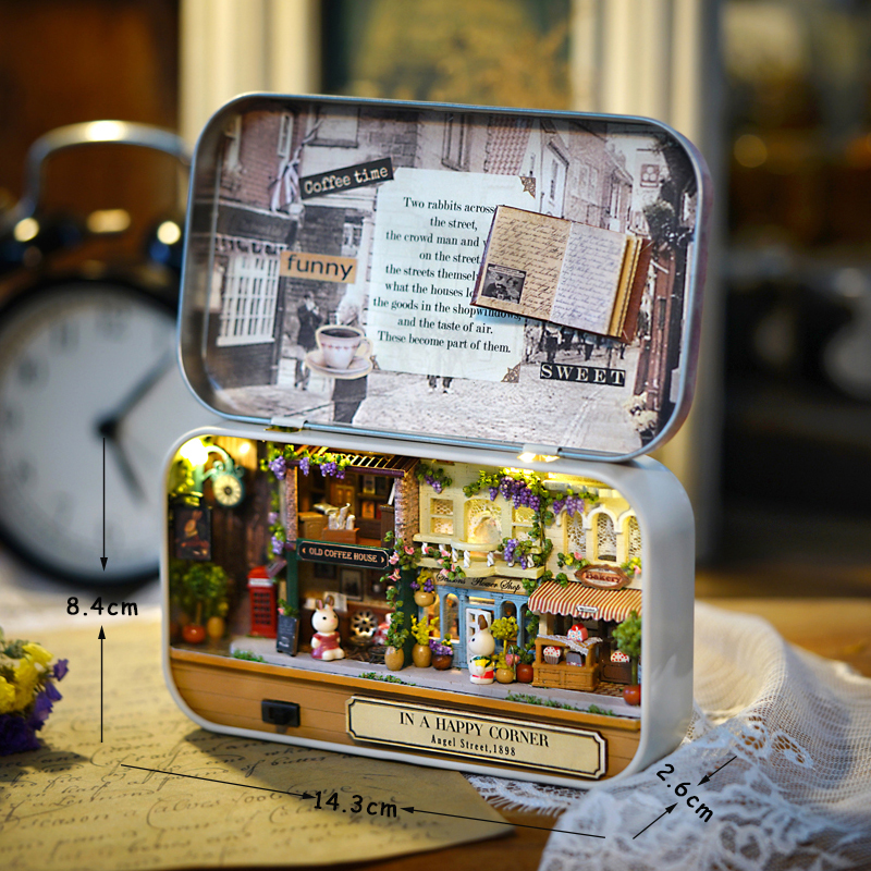 Countryside Notes Box Theatre DollHouse