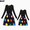 Famli 1 pc impresso vestidos de mãe e filha família mamãe meninas da forma de correspondência de manga longa vestidos de festa floral mãe roupa dos miúdos