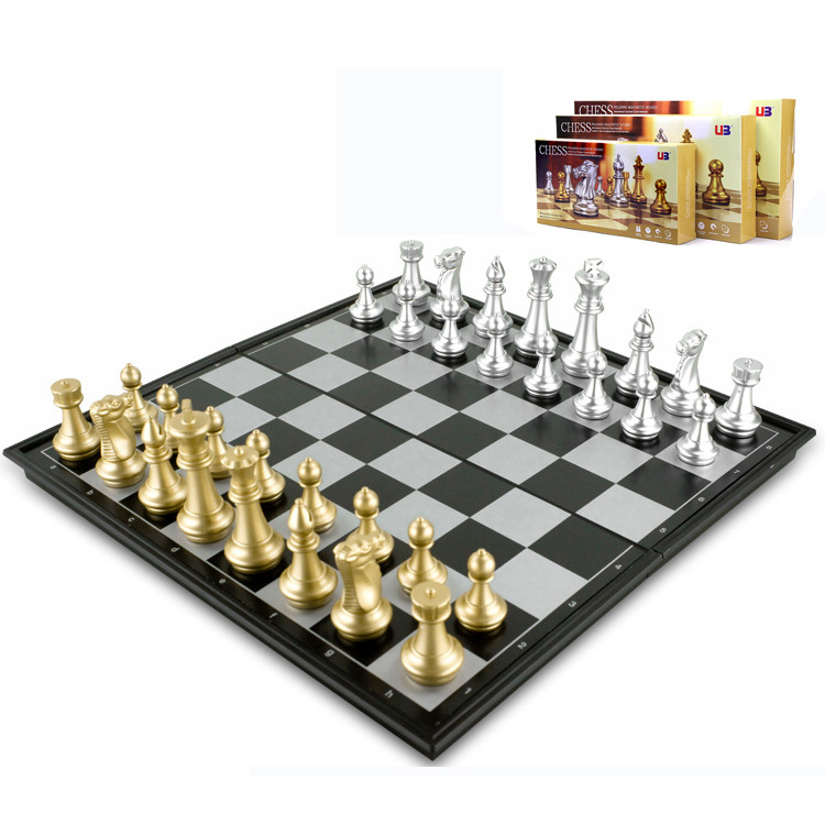 U3 magnetic gold and silver folding world chess game