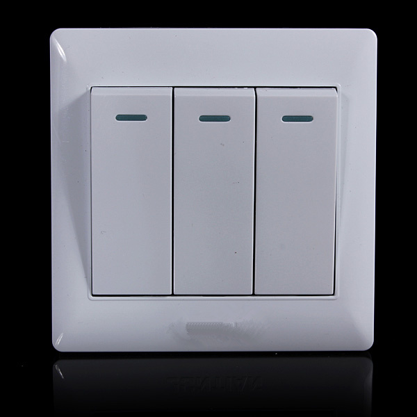 2017 electronic New Universal 10A Power 3 Gang Wall Plate Light
