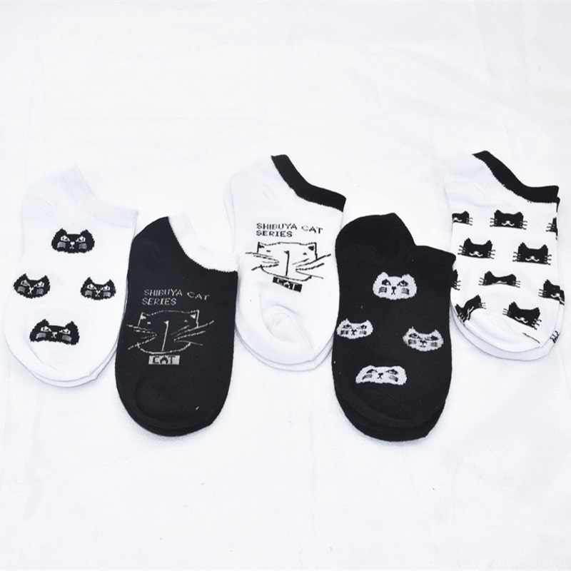 HTB1mxuZQXzqK1RjSZFCq6zbxVXa8 - 5 Pairs/lot Women Socks Candy Color Small Animal Cartoon Pattern Boat Sock for Summer Breathable Casual Girls Funny Fashion