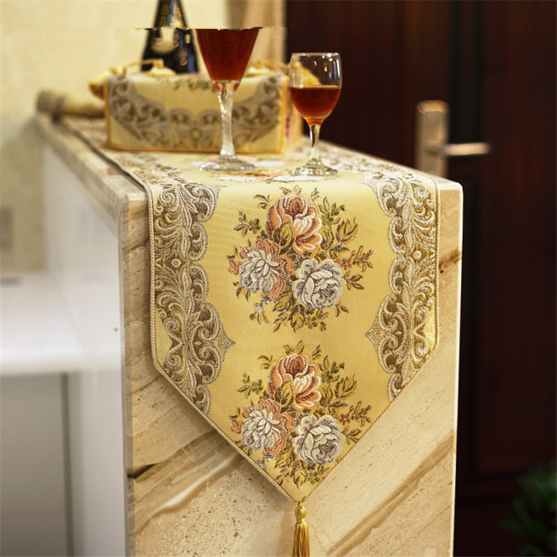 European table flag luxurious embroidered table runner Simple and high end overseas gifts cafetera francesa tafellopers