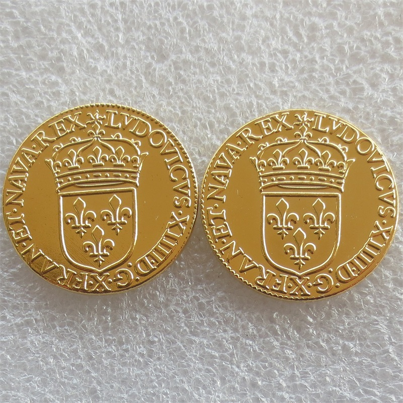 383e6c307 2 قطعة/الوحدة فرنسا 1646 و 1648 لويس الرابع عشر-Ecu d ، أو فرابيه الاتحاد  الافريقي marteau الذهب مطلي نسخة عملات