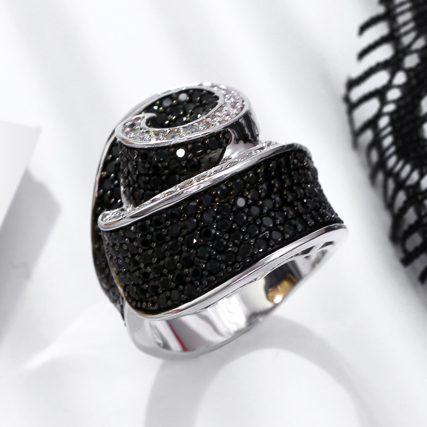 Abstract New Womens Big Cocktail Rings Black  White -7404