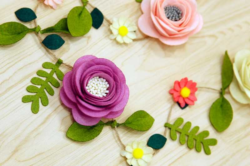 Super Felt Fabric Bedroom Decoration Artificial Flowers Rattan Felt Diy Package Fake Flowers Decoration For Living Room Bedroom Home Remodeling Inspirations Cosmcuboardxyz