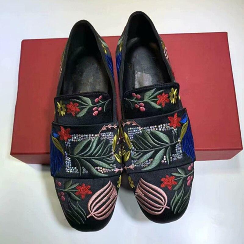 Роскошный дизайн модные лоферы с вышитыми цветами женская обувь на плоской подошве Повседневная Удобная хлопковая куртка без застежки жен...