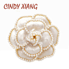 CINDY XIANG New Arrival Pearl Enamel Camellia Brooches For Women Elegant Flower Pins Fashion Jewelry Coat Accessories Brooch cindy xiang brooches for women simple flower fashion pins for lady meeting jewelry coat office accessories friend s gift 2018