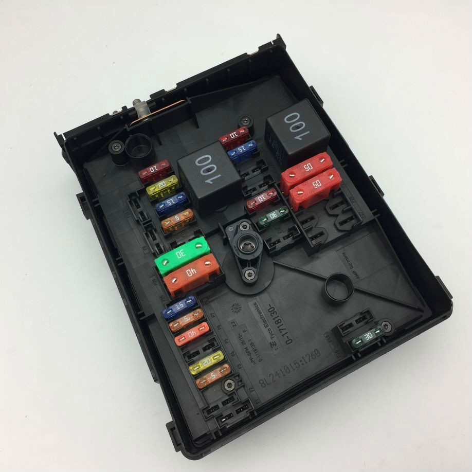 for vw golf mk6 tiguan touran skoda octavia superb yeti audi a3 q3 relay fuse box [ 918 x 918 Pixel ]