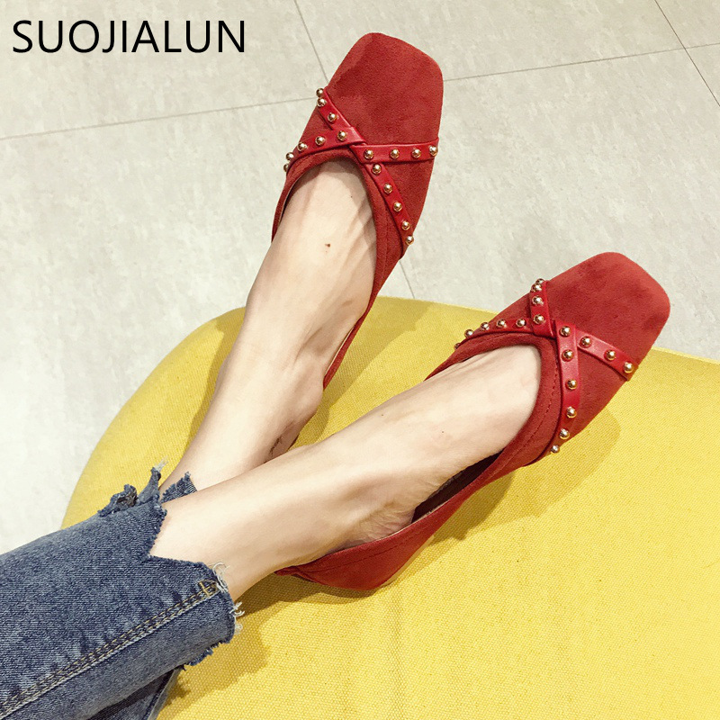 SUOJIALUN 2019 Spring New Brand Women Flats Slip-On   Suede     Leather   Shoes Rivet Round Toe Shallow Woman Single Shoes Ballet Flats