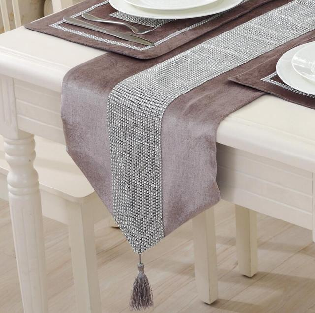 Modern Brief Style Solid Color Table Runner With Plastic Inlay Home Decorative Cloth Hotel