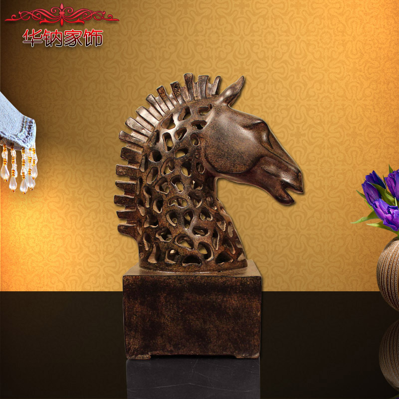 2016 Time-limited Real French Style Resin Crafts Hollow Horse Ornaments Home Furnishing Living Room Decorations Gifts
