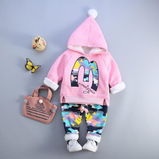 c360930c4 Conjuntos de ropa de invierno para niños y niñas a la moda 1 2 3 4 ...