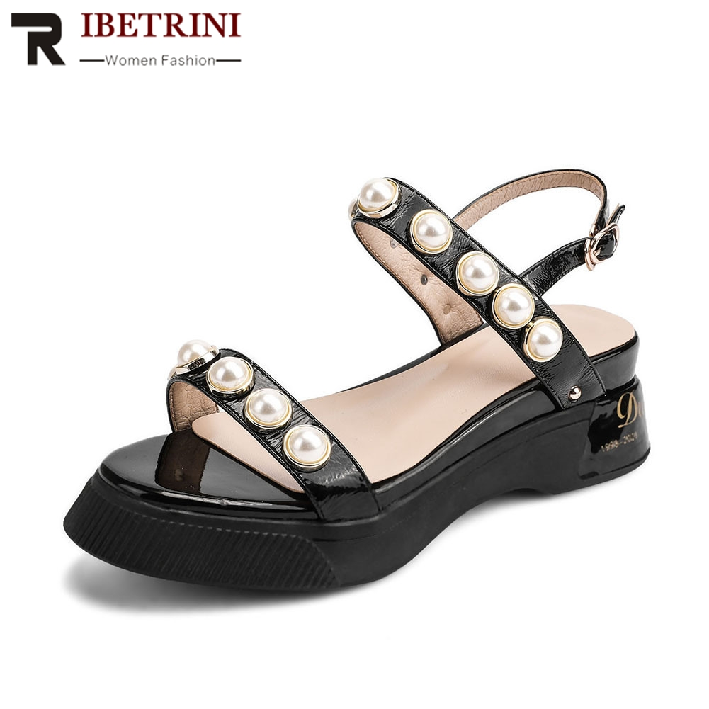 RIBETRINI New Big Size 34-40 Patent Genuine Leather Ladies Wedges Heels Pearl Shoes Woman Casual Party Summer Sandals 2019RIBETRINI New Big Size 34-40 Patent Genuine Leather Ladies Wedges Heels Pearl Shoes Woman Casual Party Summer Sandals 2019