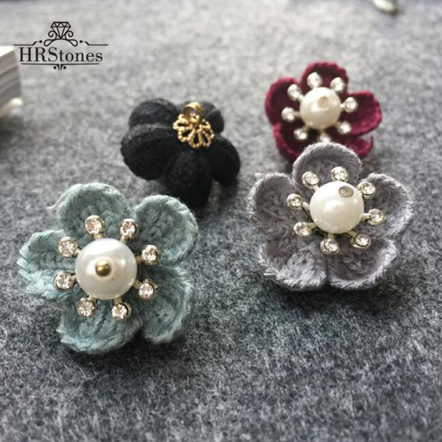 Knitted Flowers Buttons Autumn Sweater Decorations deduction Pearl Buttons  Clothing Accessories DIY Sewing On Buttons 0c8780fe3510