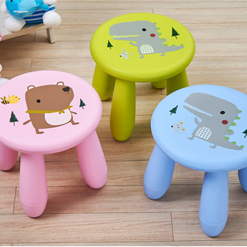 Children's Stool Plastic Stool  Lovely Gifts For Children's Day Outsoor Benches  Foot Stool Portable Children Furniture