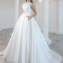 CLOUDS IMPRESSION Luxury 2019 A Line Wedding Dress with Bow