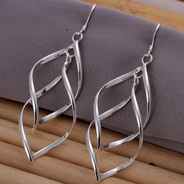 Beliebte frauen dame schöne fashion hot hoop frauen Hohe qualität Silber farbe charme Ohrring Schmuck freies verschiffen E168
