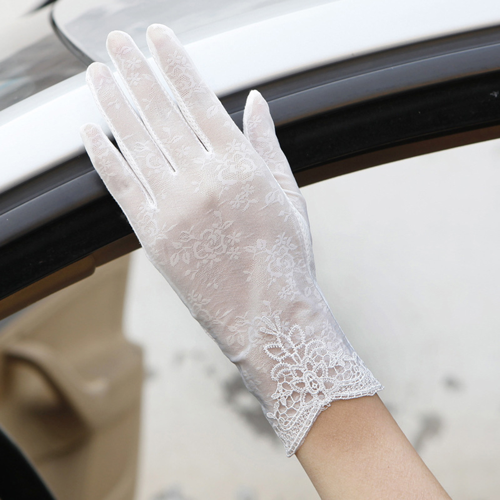 Lady Fashion Ice Silk Flower UV Protection Non-Slip Driving Screentouch Gloves