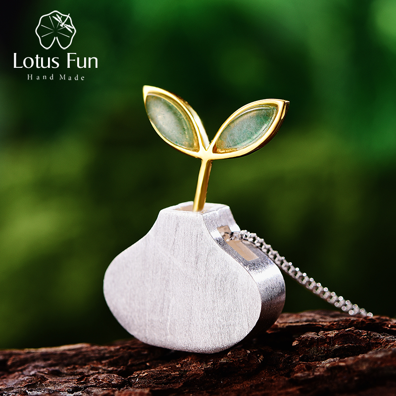 Lotus Fun Real 925 Sterling Silver Natural Aventurine Handmade Fine Jewelry Spring in the Air Leaf Pendant without Chain WomenLotus Fun Real 925 Sterling Silver Natural Aventurine Handmade Fine Jewelry Spring in the Air Leaf Pendant without Chain Women