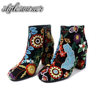 Stylesowner 2018 New Coming Unique Ethnic Flower Print Short Boots Thick Heel Keep Warm Winter Boots