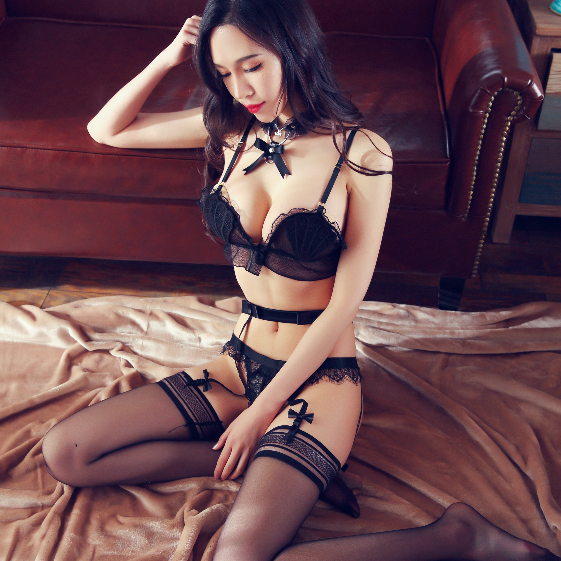 1f9037f934 High Quality New Black Women Sexy Lingerie Lace Shell Bra G string Suit  Transparent Underwear with Garter Set Lenceria Conjunto-in Bra   Brief Sets  from ...