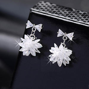 Luxury Cubic Zirconia Jewelry White Gold Color Sparkling Snowflake Zircon Crystal Earrings For Girls